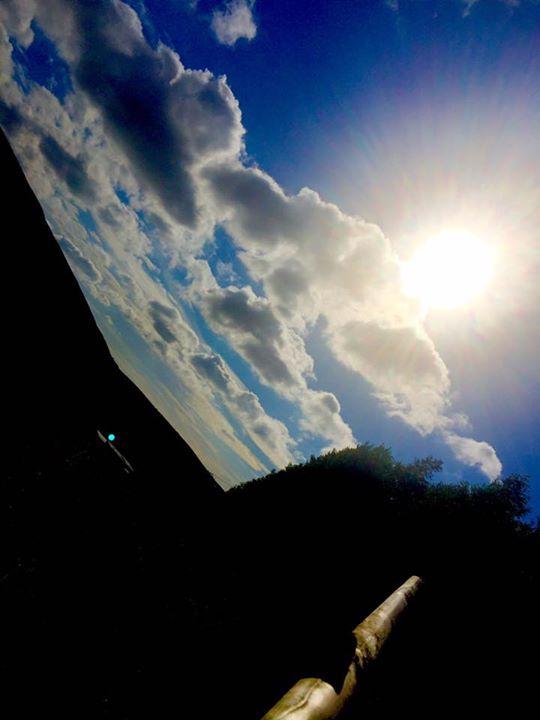 Sun ☀️ is shining 👈🏻