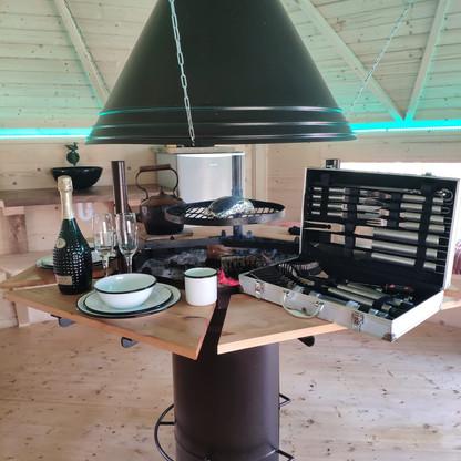 Hibbit BBQ cabin