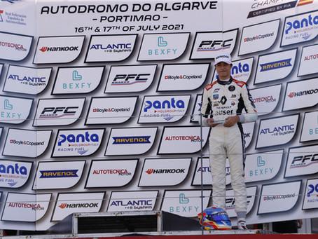 Pepe Martí vuelve a subir al podio de la Fórmula 4 española en Portimao