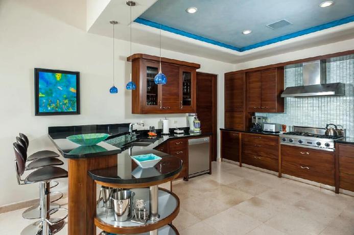 Villa Sebastian Kitchen.webp