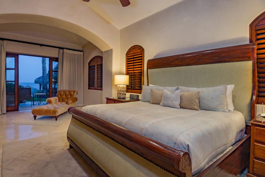 Villa Las Arenas King Bed.jpg
