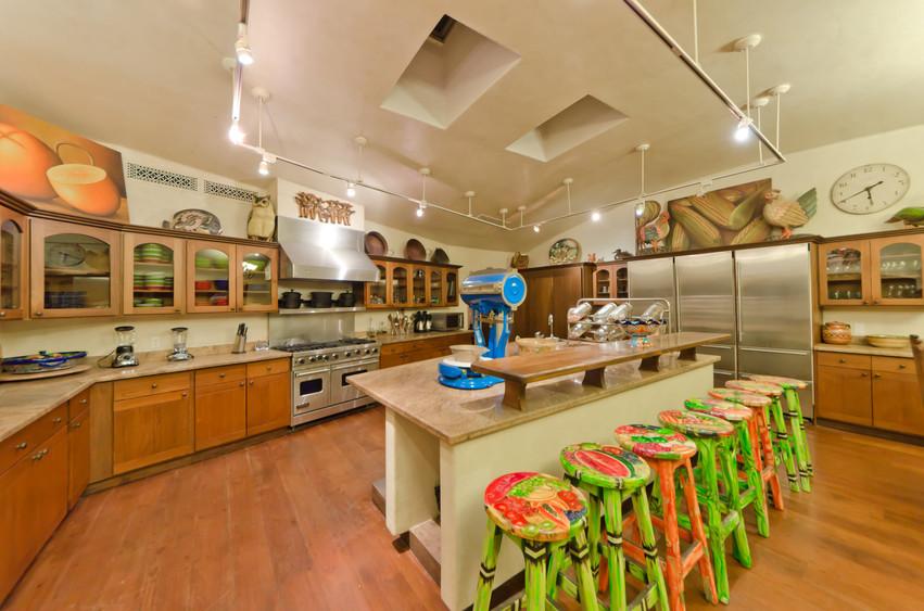 Casa Captiva Kitchen.jpg