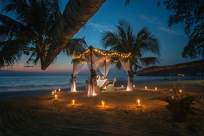 Cabo marriage proposals.webp