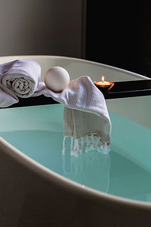 bath, candle, towel, relax, cabo spa services, caboin villa massages, cabo luxury vacation, cabo villa rentals, Bespoke experiences, Naay Travel, Experience Designers, Cabo Concierge.