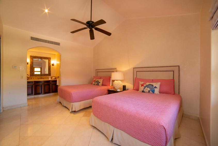 Villa Las Arenas 2 Queen Bed.jpg