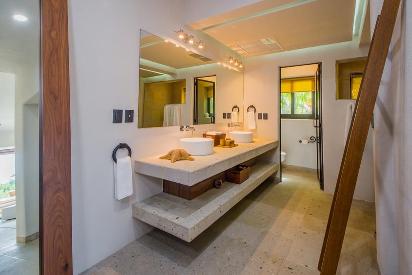 Casa Naah Payil Bathroom.jpg