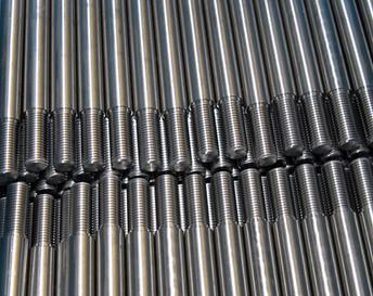 Usinage de pièces filetées en acier inoxydable