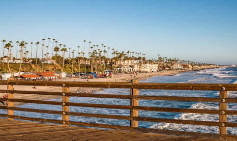 bigs-Oceanside-Pier-View-South-Beach-see