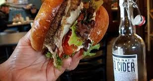 taphouse burger picture.jpg