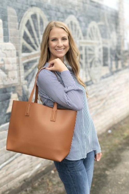 Carly Tote in Camel