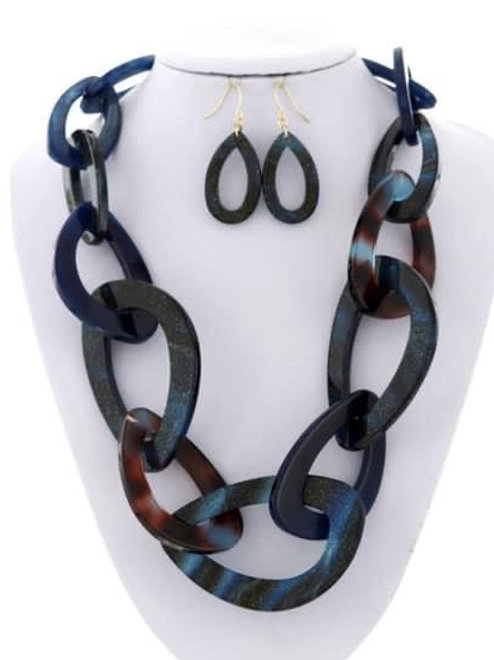 Lee Statement Necklace