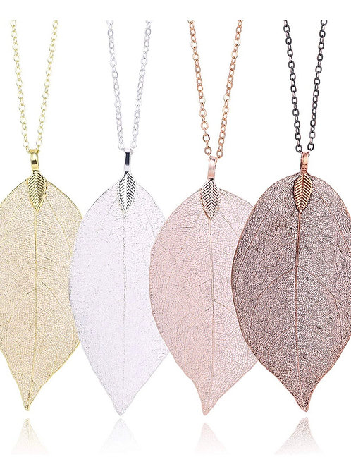 Hannah Leaf Necklace
