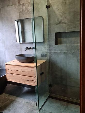 Frameless 135 Degree shower.jpg