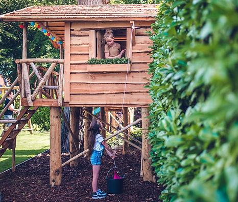 BoomhutBoris speelhuis boomhut houten sp
