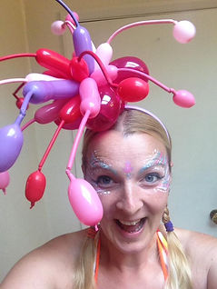 lily balloon fascinator.jpg