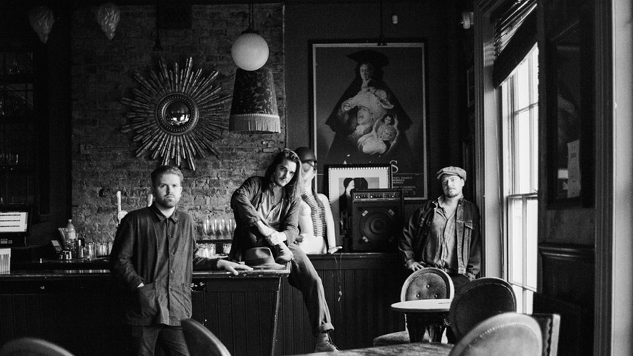 Photoshoot- The Hemmingford Arms- Perry Graham