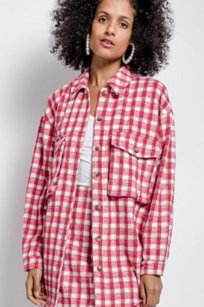 Oversized red/white check shirt