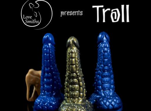 Troll dildo
