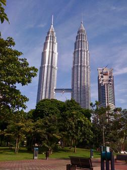0416 Petronas Towers (1)