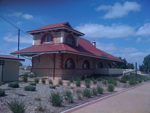 0322 Tailem Bend Train Station