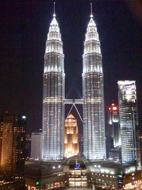 0415 Petronas Towers