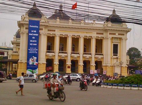 0417 Hanoi Opera House