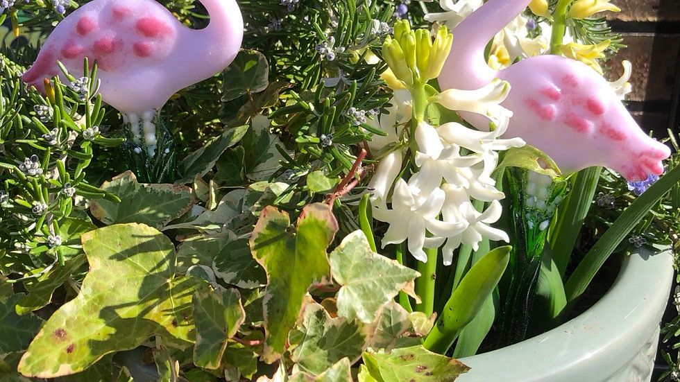 Flamingo plant pot stake