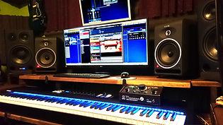 Compositor musical, estudio de grabación Fernando García Munera (Munerasong)