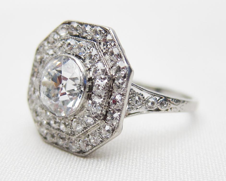 Gorgeous Art Deco diamond ring