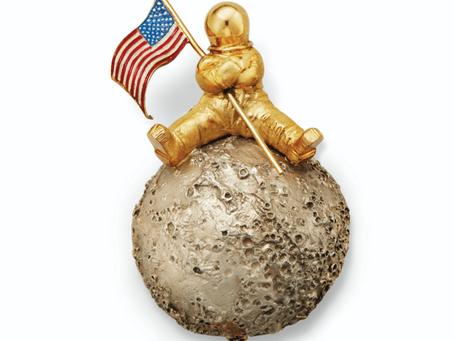 Jewelry to celebrate the Apollo Moon Landing