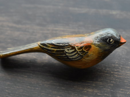 The incredible story of Japanese bird pins