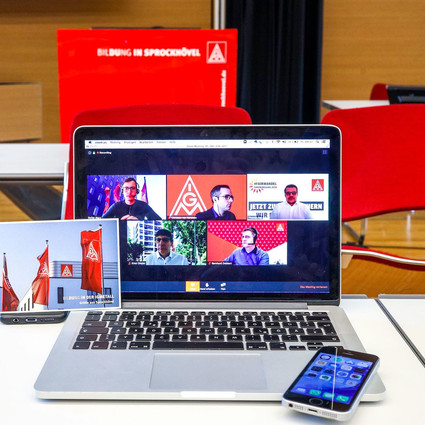 Änderung BetrVG §129: Betriebsratssitzungen per Videokonferenz