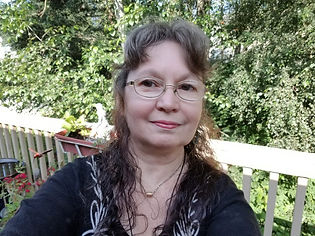 MonikaLovesSolaceMist.jpg