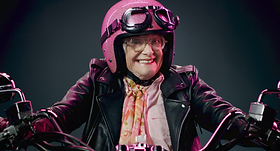 Dunkin_Granny_2.png