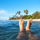 Ноги в океане