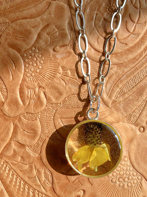Prairie Coneflower Necklace