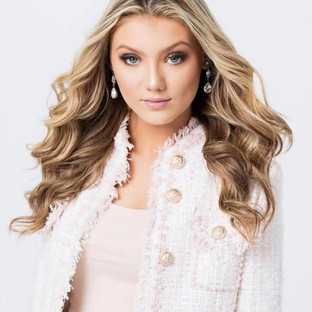 Model: Mya Xeller