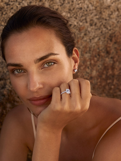 Taylor and Heart womens rings. Photograp