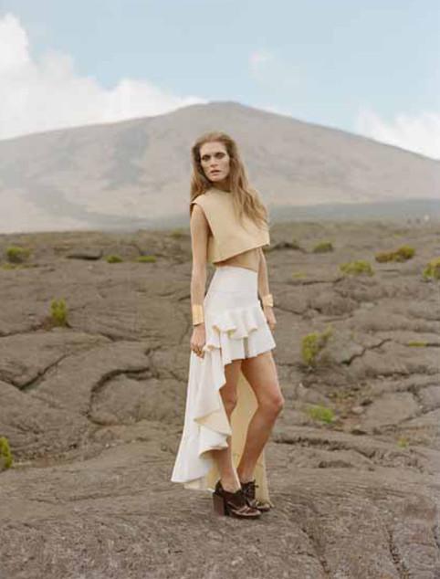 Vogue Nippon Production. La reunion Isla