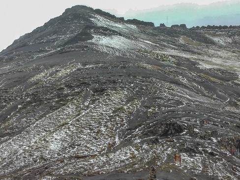 Nieve en el Boquerón de Cardenillo, Sierra Nevada el Cocuy