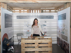 ICA Stand