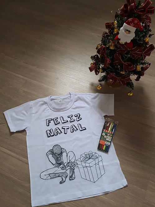 """T-shirt para colorir """"Feliz Natal"""" com marcadores"""