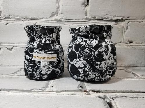 Thrifty Yarn Squatcher - Lovely Skulls