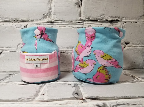 Thrifty Yarn Squatcher - Pink Swallows