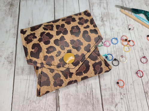 Pop Up Pouch - Cheetah on Natural Cork