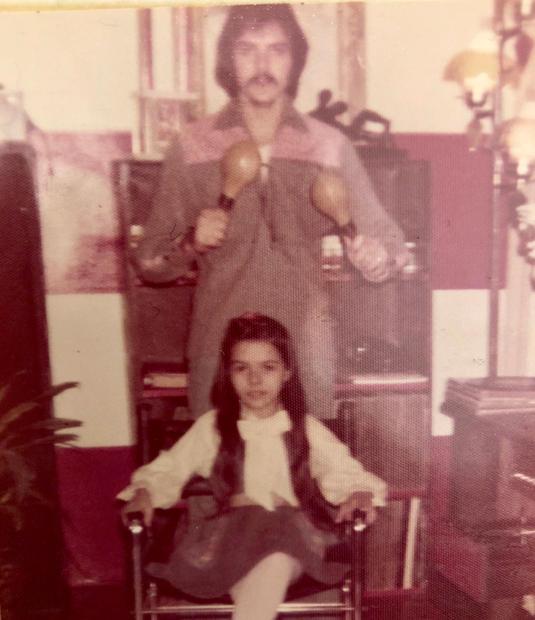 Manny, his maracas, and Ana