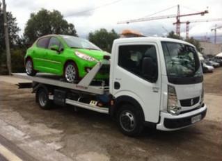 Faire enlever sa voiture HS en épave à Lyon ?