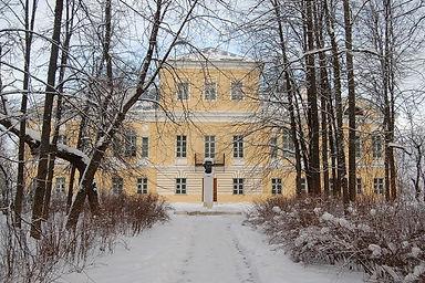 Музей в Берново зимой.jpg