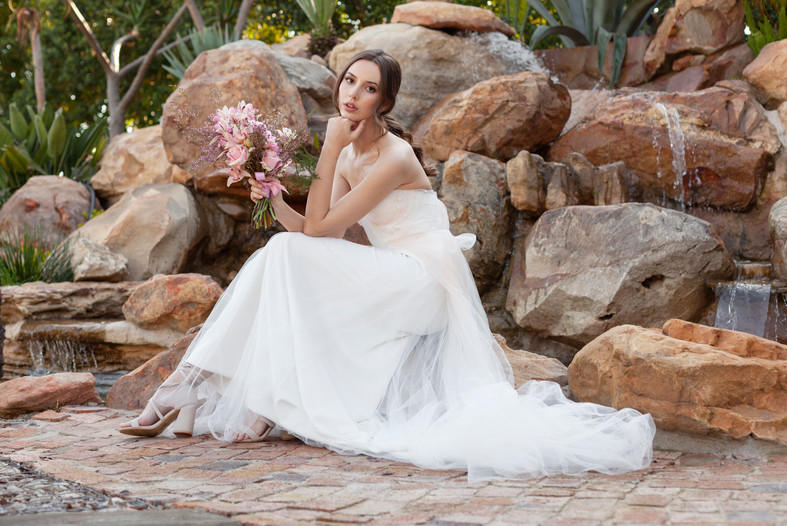 BRIDAL HAIR AND MAKEUP, wedding inspiration, wedding dress, outdoor wedding venue, soft glam, graceland venues paarl