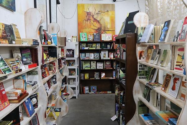 pop_up_bookstore.jpg